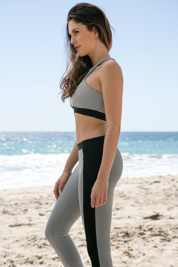 Blue Life Fit - Jacquard Legging | Black - The Girl and The Water - 2