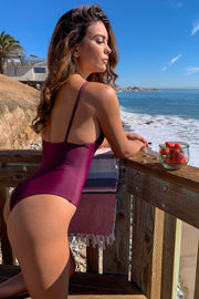 The Girl & The Water - Malibu One Piece | Bisous