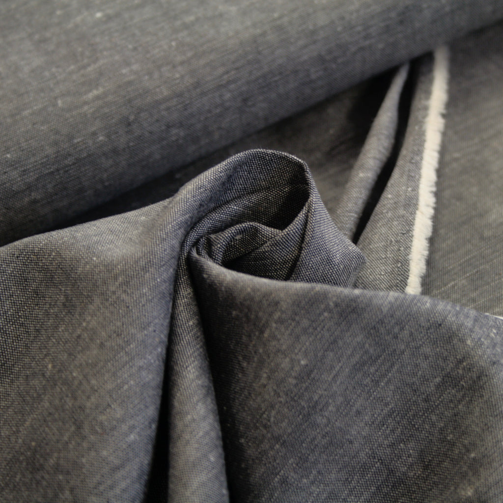 85% cotton 15% linen Japanese chambray, Silver Stone