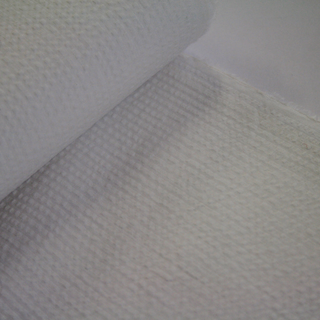 100% cotton Japanese Seersucker, yarn-dyed solid - White