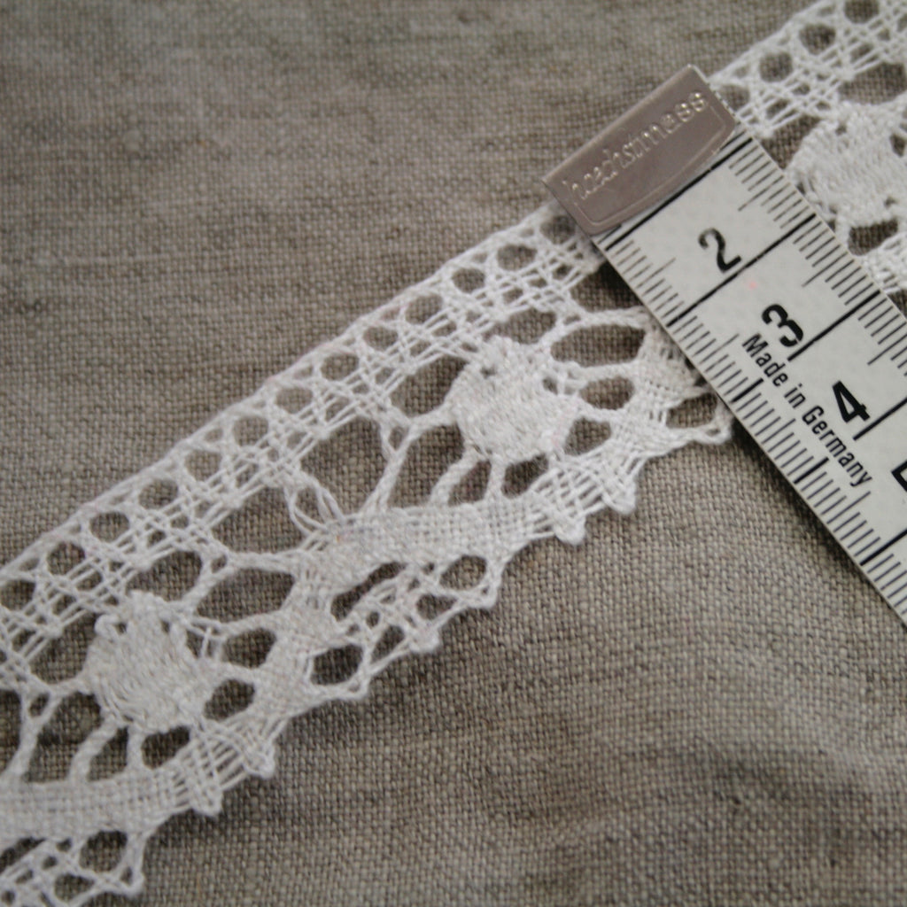 100% Linen Lace, made in Lithuania - White 3cm/1.25""