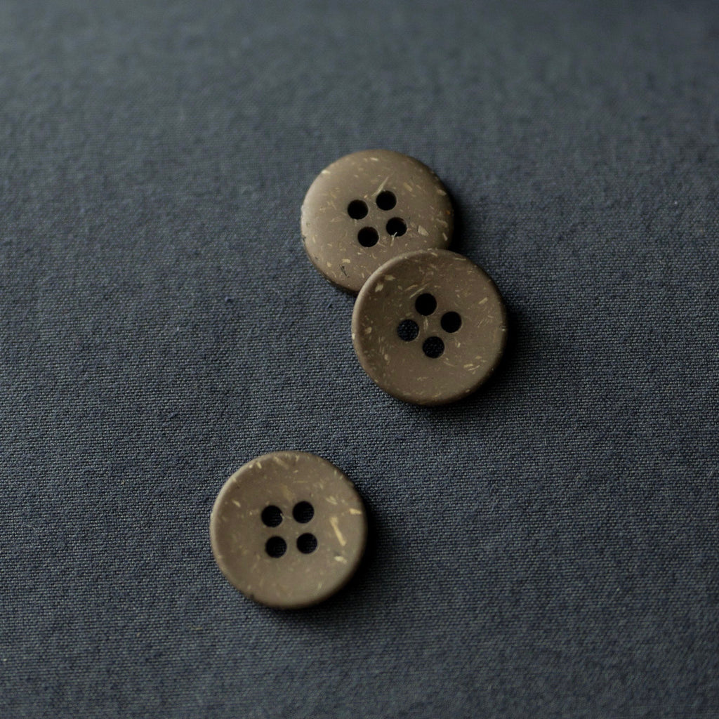 Merchant and Mills -  Olive Speckles Buttons, 18mm