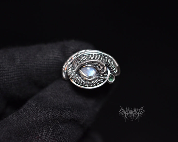 Moonstone ring Size 9 ~ 9.5 #2005071
