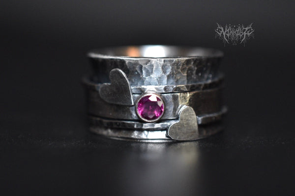Love&Peace Garnet Silver Spinner Ring #200810