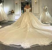 Immaculate Wedding Gown