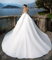 Elegant Lace Wedding Gown