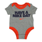 【ベイビー】Have a nike day ROMPERS