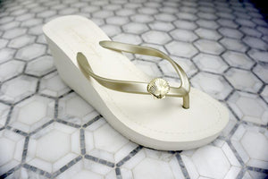 Gold Shell - Women's High Wedge
