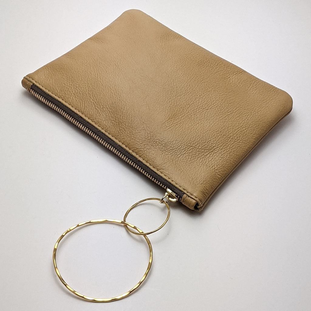 Medium Bangle Bag - Tan Leather