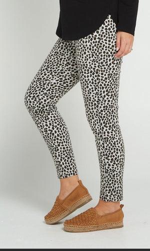 Cafe Latte Printed Pull On Jeggings - Animal