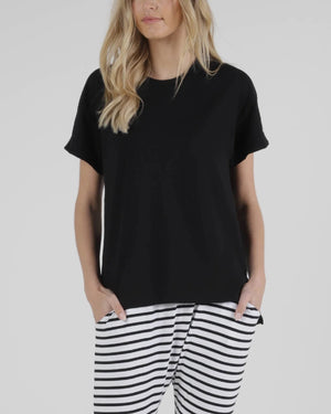 Betty Basic Boxy Tee - Black