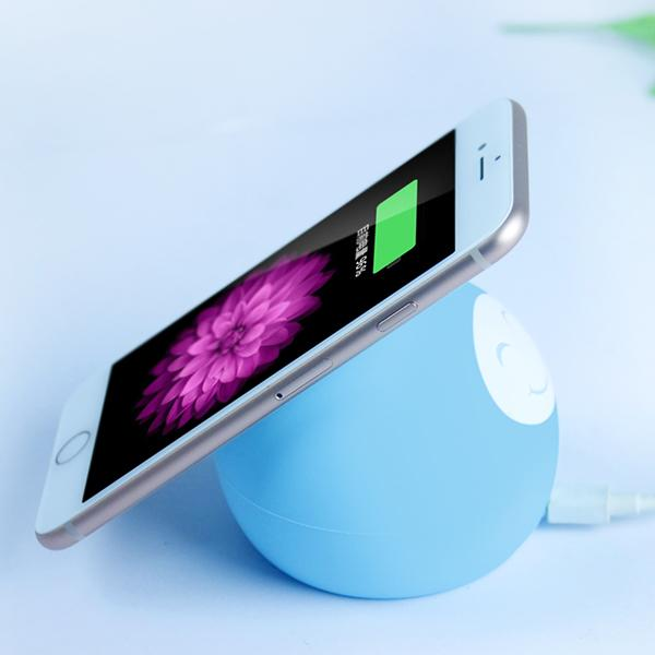 Silicone Smiling Face Wireless Charger-Phone Accessories-carsoho.com-BLUE-carsoho
