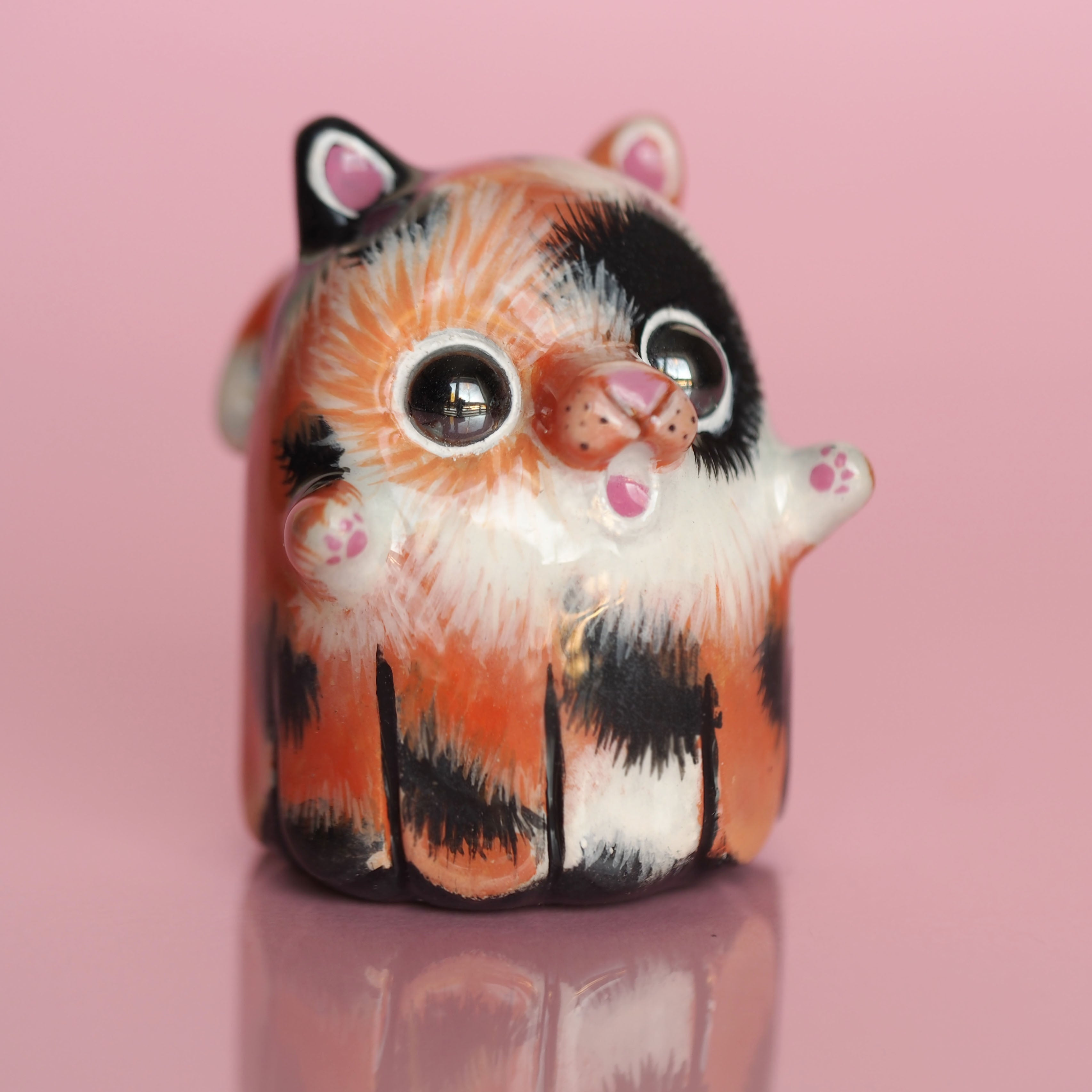 Kitty ghostie sculpture, Calico