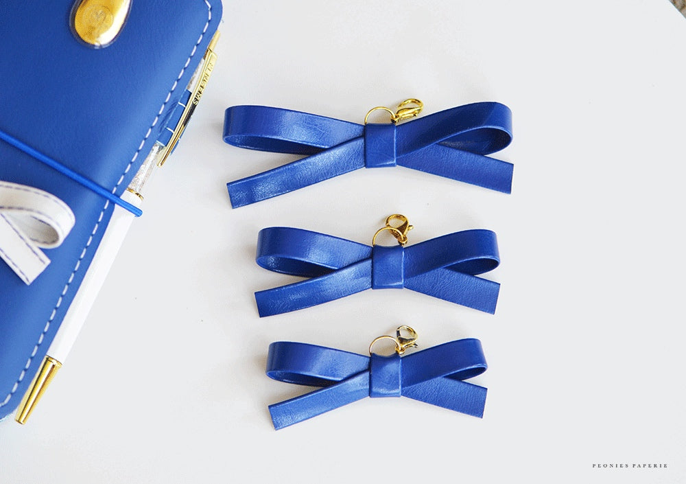 Blue Aegean Alice Faux Leather Bow Planner Charm