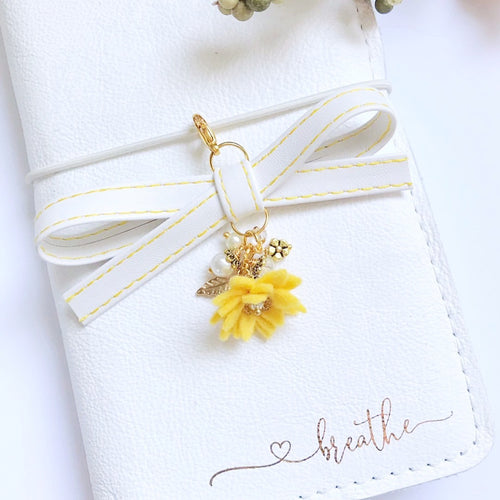 Fir and Yew + Daisy Alice Faux Leather Bow Planner Charm