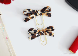 Cream Leopard Print Alice Bow Planner Charm