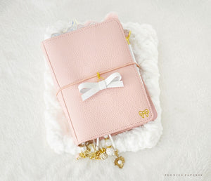 The Essential Collection: Aspen Alice Bow Planner Charm
