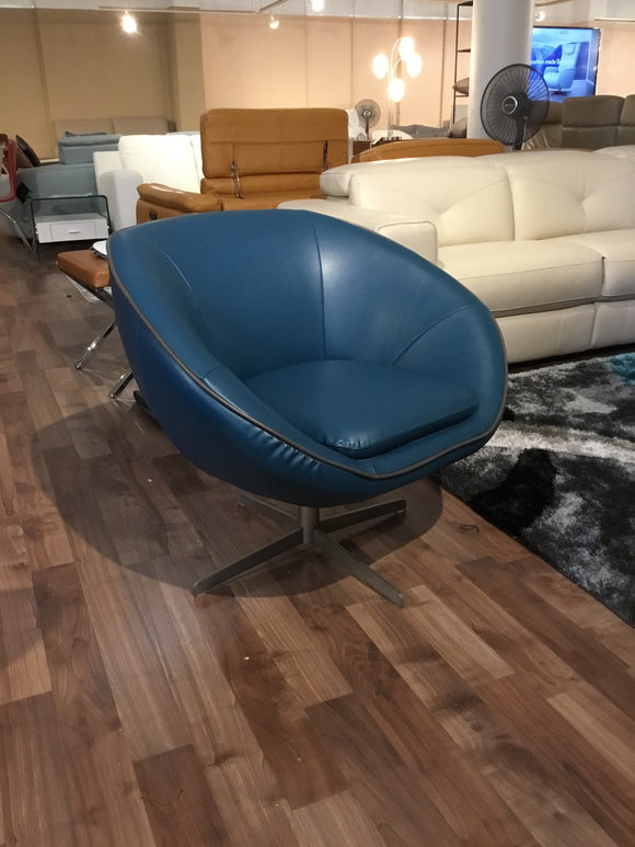 Euro Round Swivel accent chair
