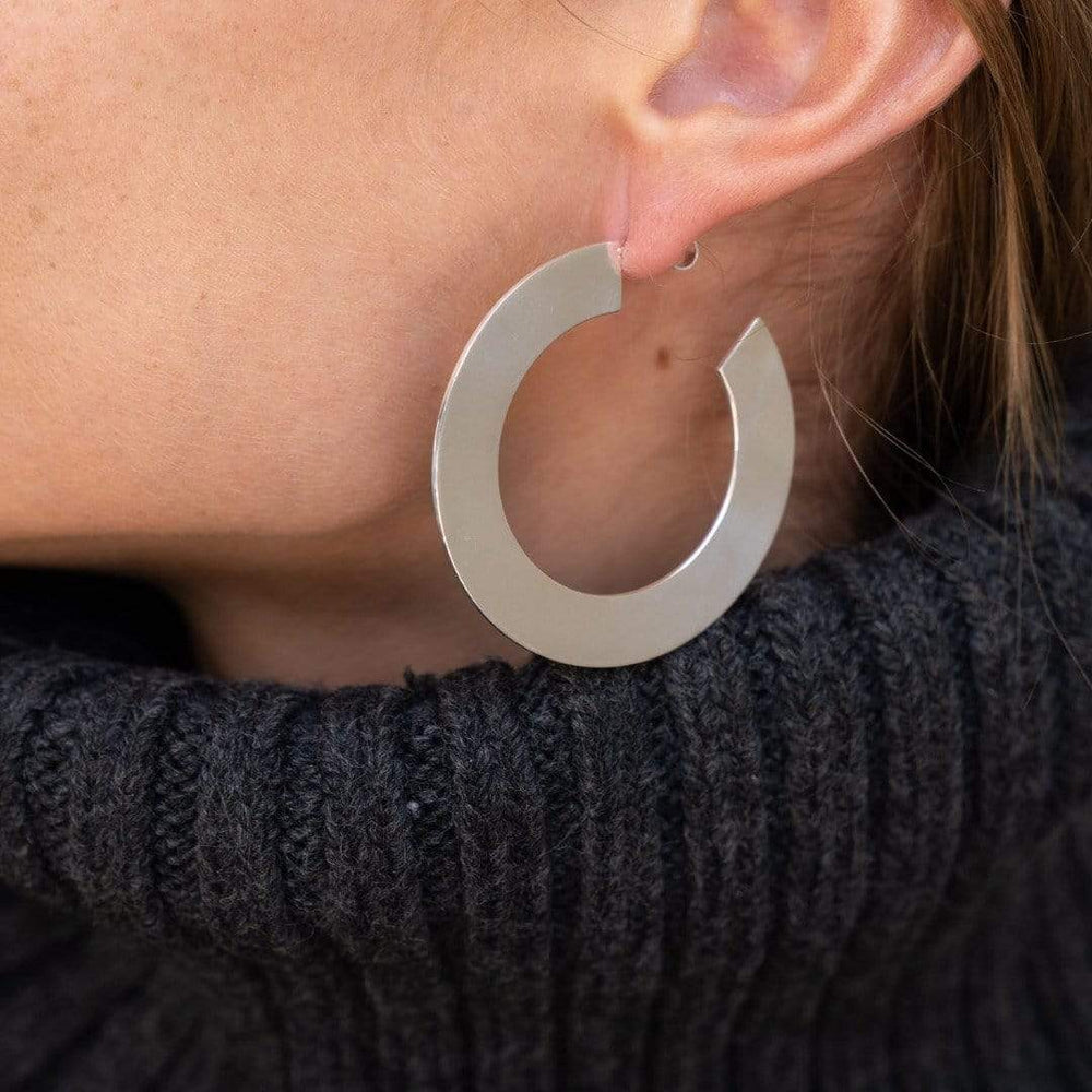 "Jennifer Zeuner Jewelry Golda 2"" Hoops"