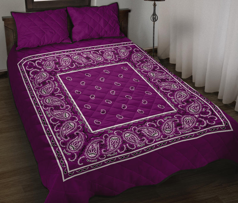 Wild Plum Bandana Bed Quilts with Shams