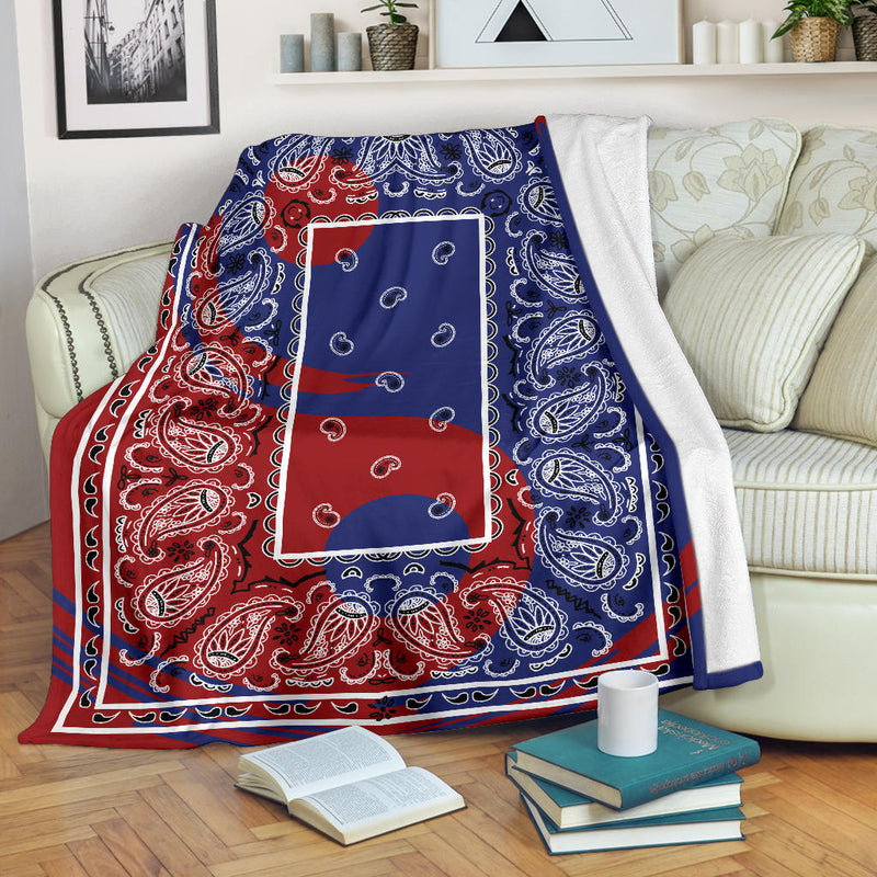 Ying Yang Bandana Throw Blanket