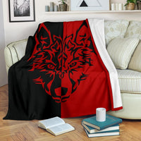 Wolf Tribal Fleece Throw Blanket