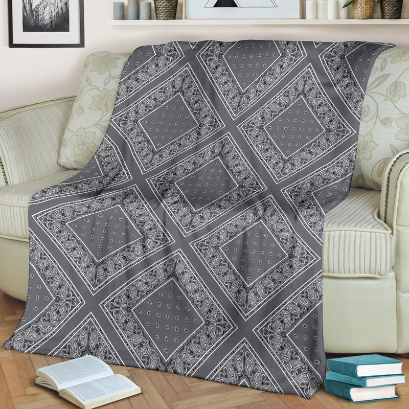 Ultra Plush Classic Gray Bandana Diamond Throw Blanket