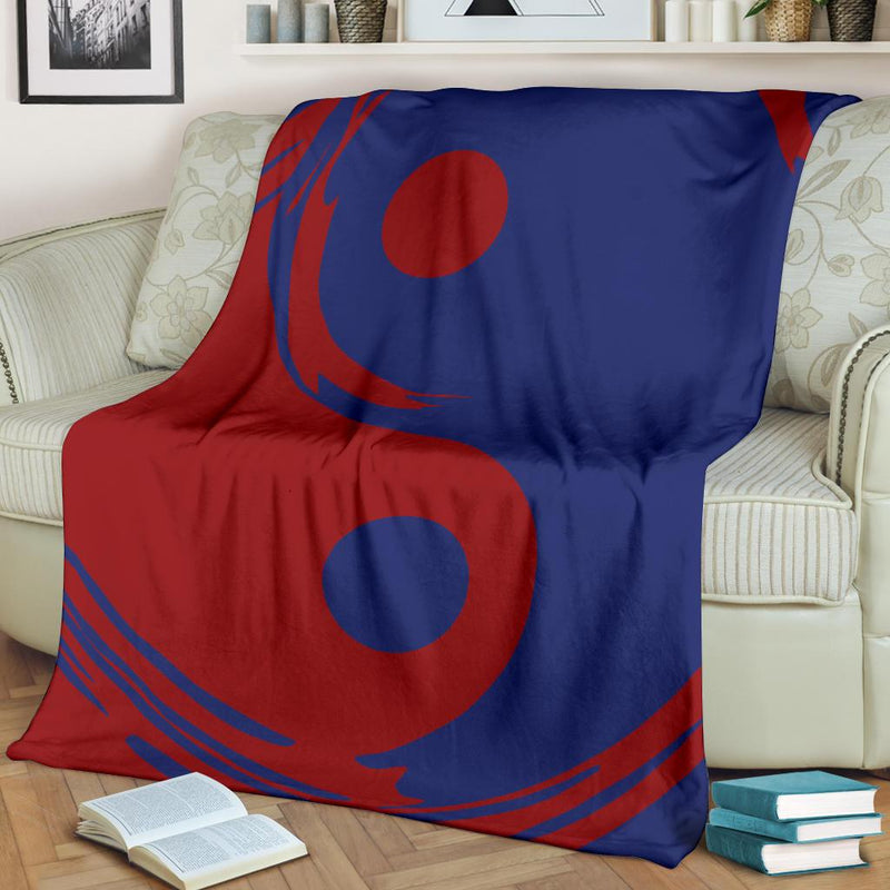 Blue and Red Ying Yang Throw Blanket