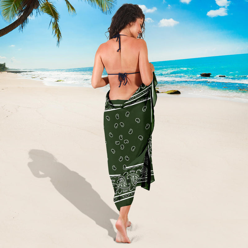 lady wrapped in forest green sarong