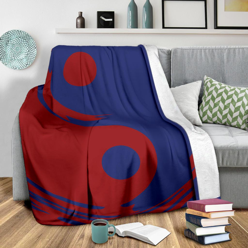 Red and Blue Ying Yang Throw Blanket