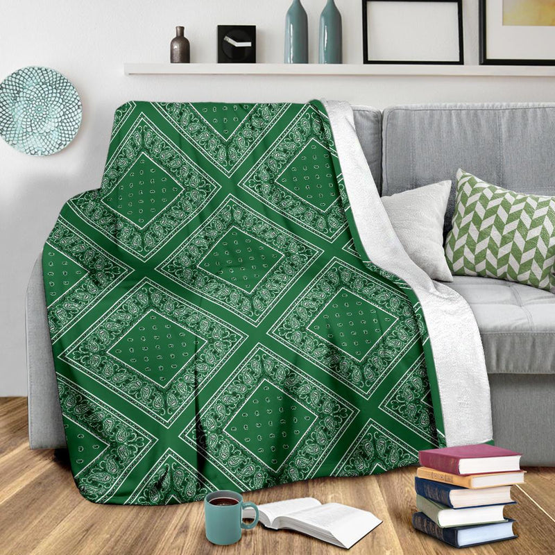 Green Bandana Diamond Throw Blanket
