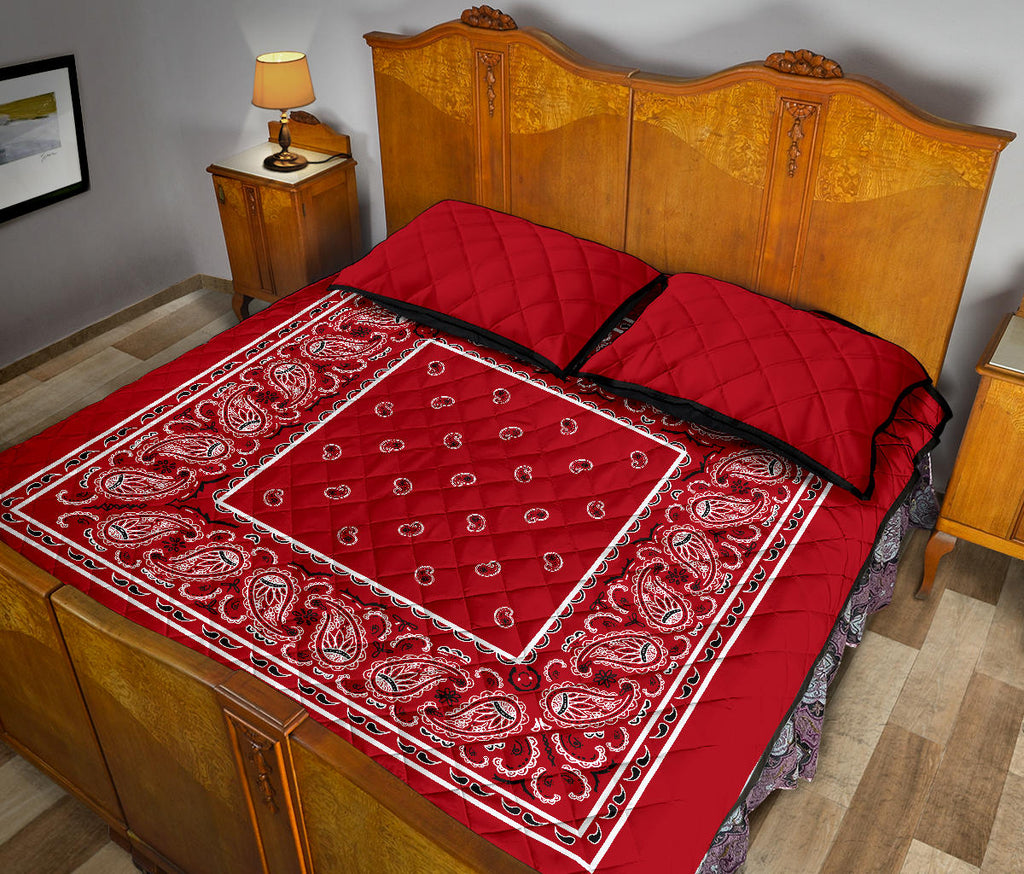 Classic Red Bandana Bed Quilts with Shams