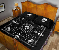 King bandana quilt with skulls