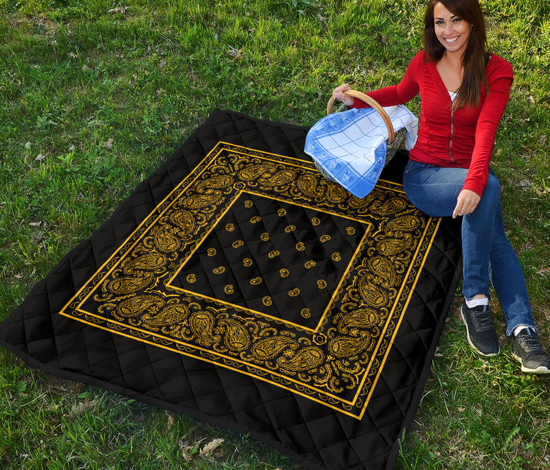 Black Gold Bandana Quilts