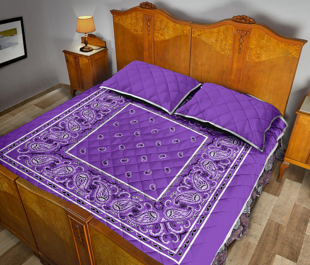 Dark Lilac Bandana Bed Quilts with Shams