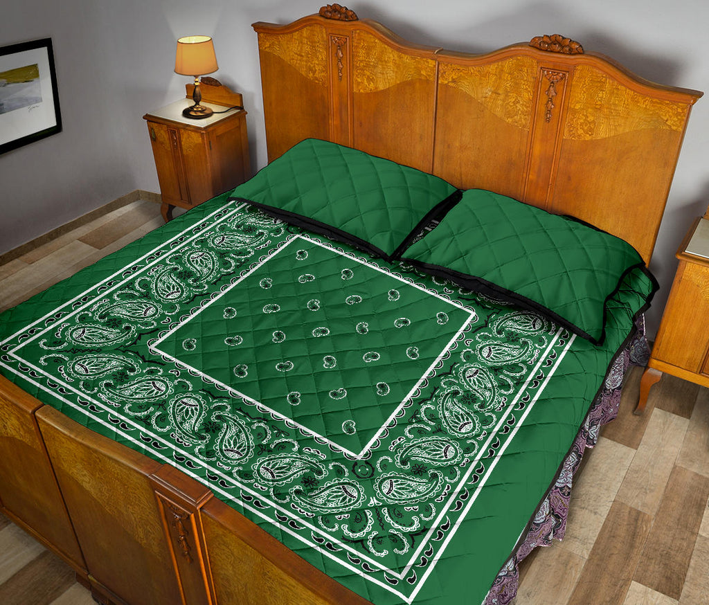 Classic Green Bandana Bed Quilts with Shams