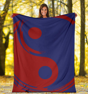 One World Ying Yang Throw Blanket