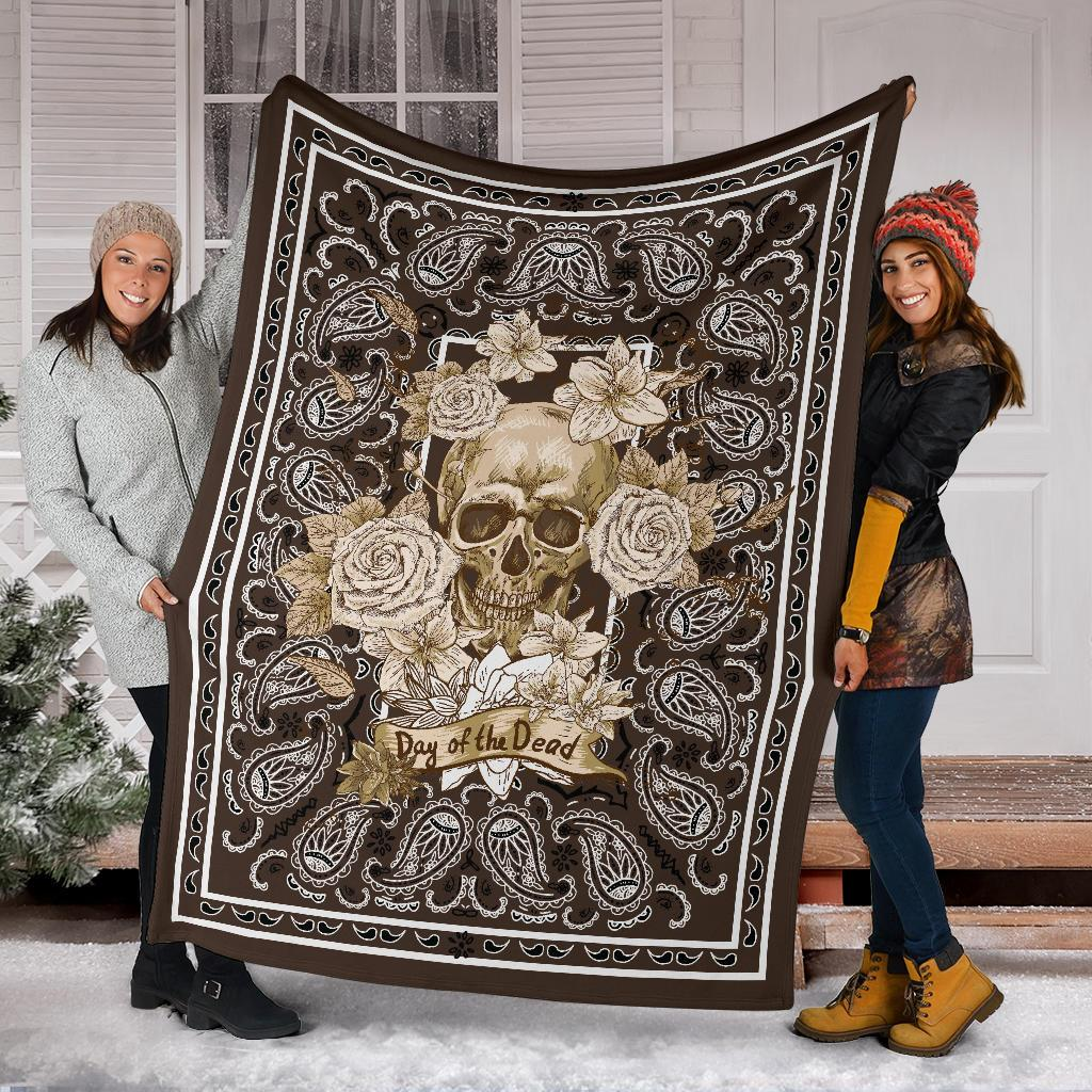 Brown Day or the Dead Skull Fleece Throw