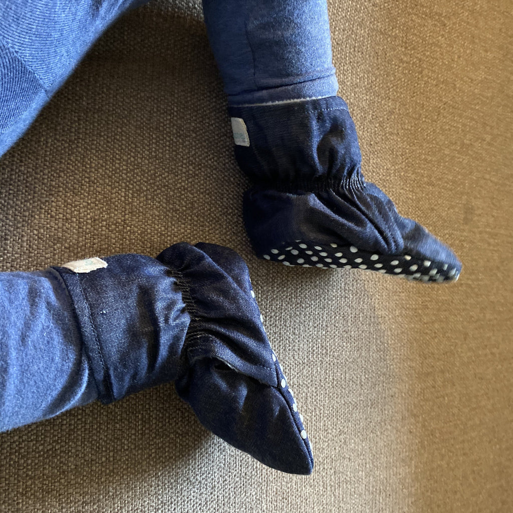 Navy Winter stay-on booties