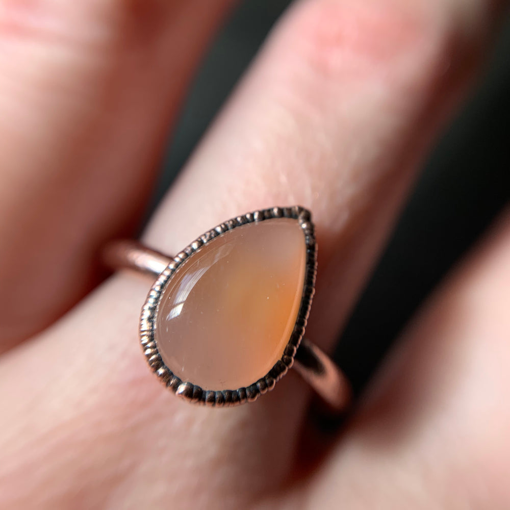 MOONSTONE RING, SIZE 8