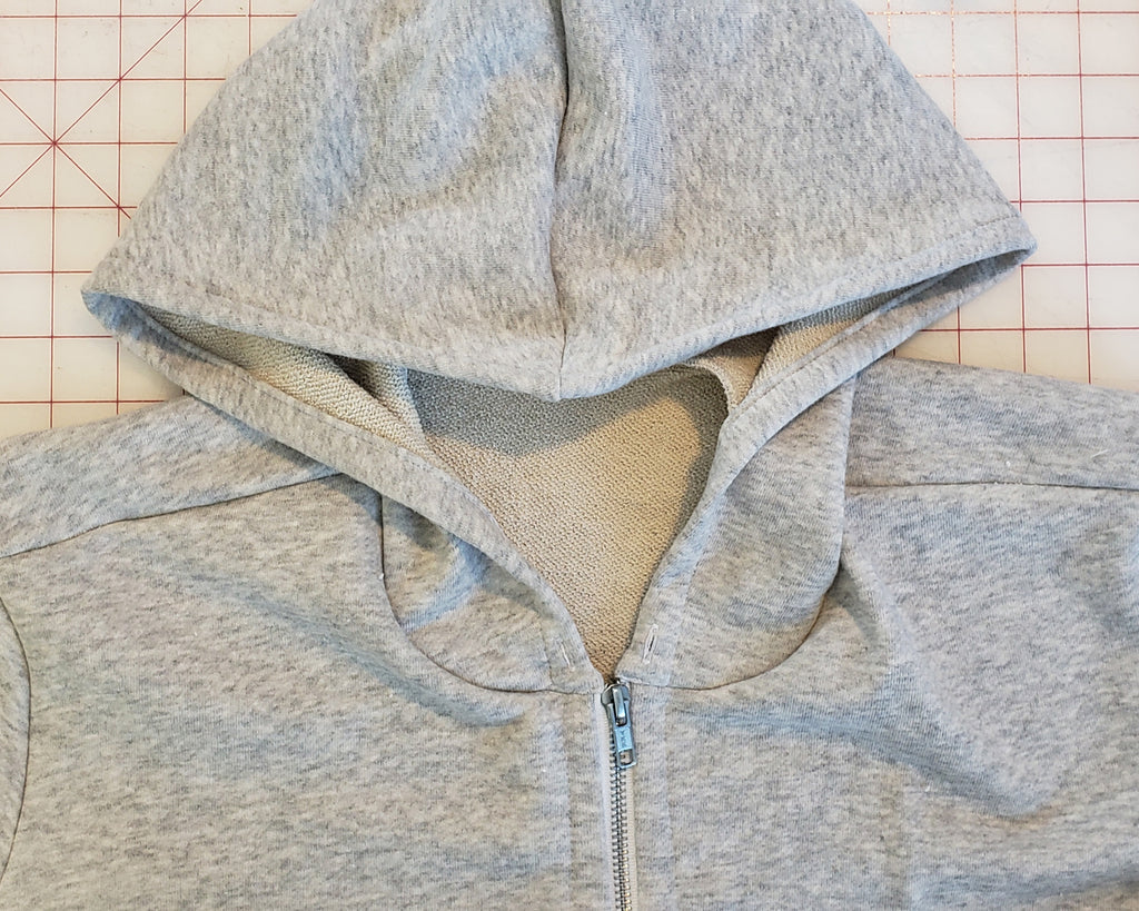 Cozi Jacket Sewalong, Part 4: Install the zipper and attach the hood (VERSION B ONLY)