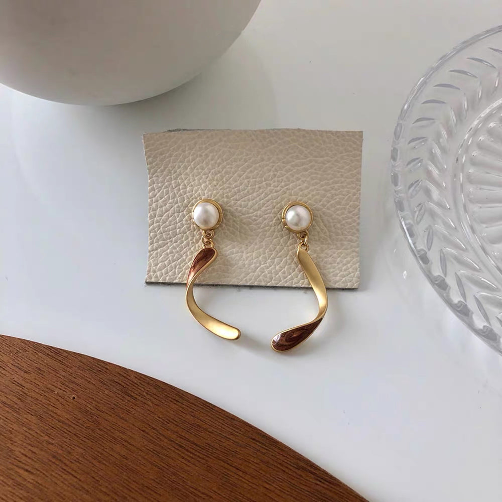 Guvi Earrings - Gold