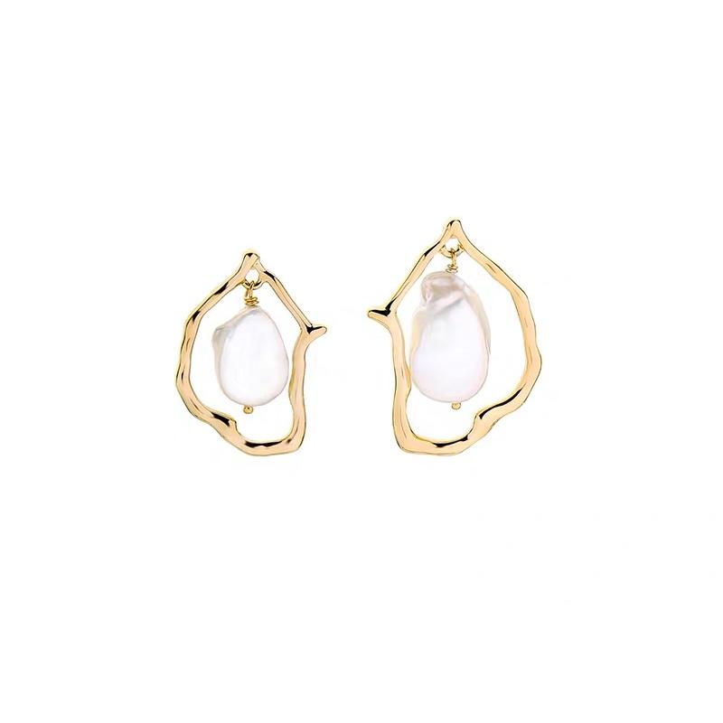 Aphra Earrings - Gold