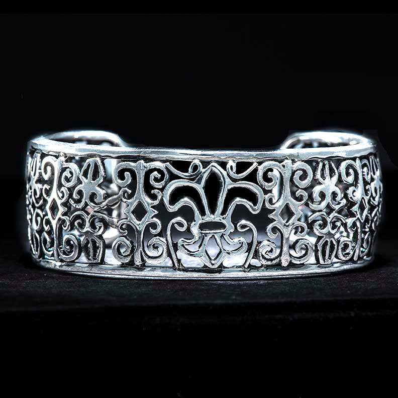 Iron Fence Design Cuff