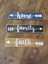 Load image into Gallery viewer, Home, Family, Love or Faith Plaque
