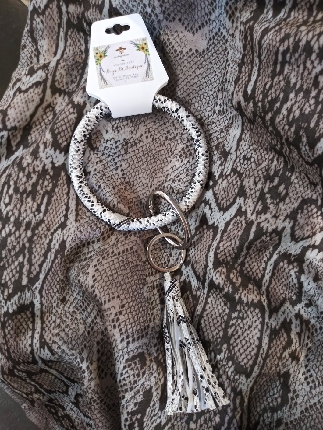Round Snake Skin Key Rings with Tassels 70961