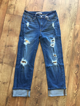 Load image into Gallery viewer, Kancan Jeans KC6234M