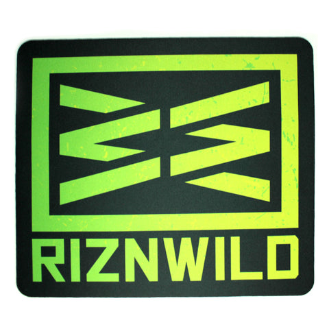 The RIZNWILD Life Mens Ultra Soft Tee in Black
