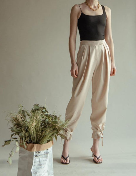 WOVEN SATIN ANKLE TIE PANTS