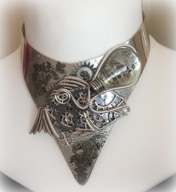 The Mechanical Thinking Fish - Steampunk necklace